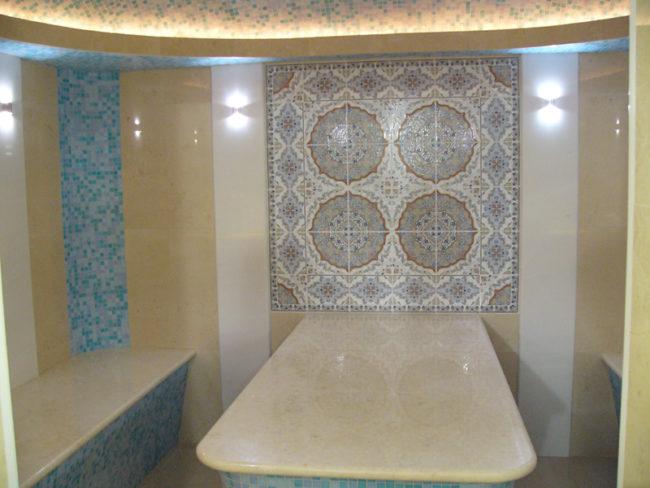 Массажный стол в хамаме