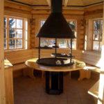 Большие окна в гриль-домике